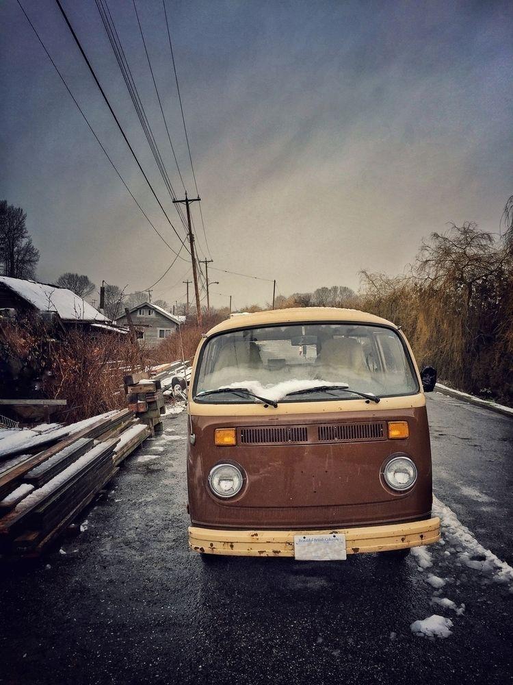 snug - VW, combi, lifestyle, retro - russell2   ello