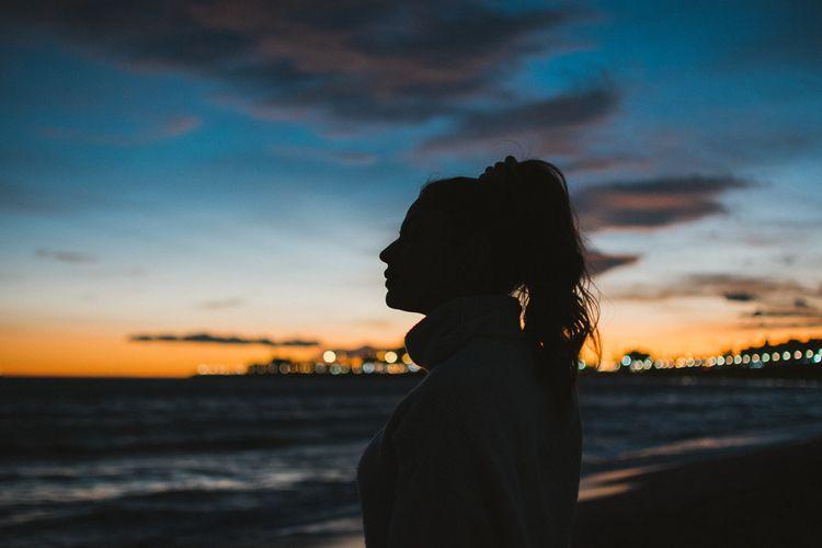 Marina - sunset, darkness, beach - marccolilla | ello