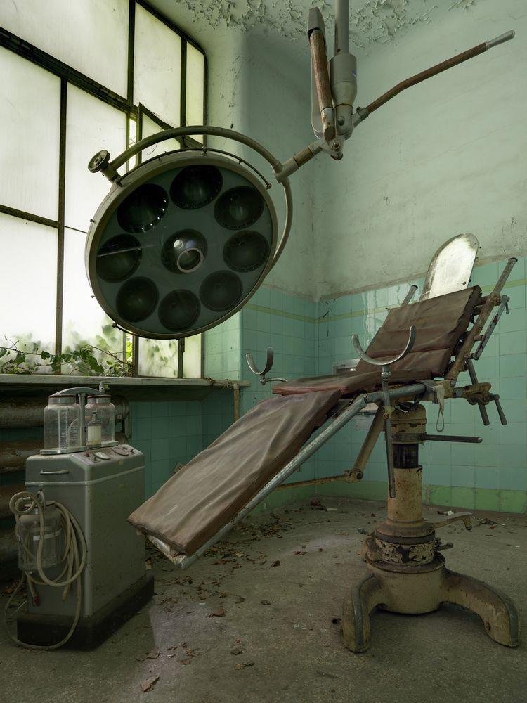 Hidden deep abandoned Italian p - forgottenheritage | ello