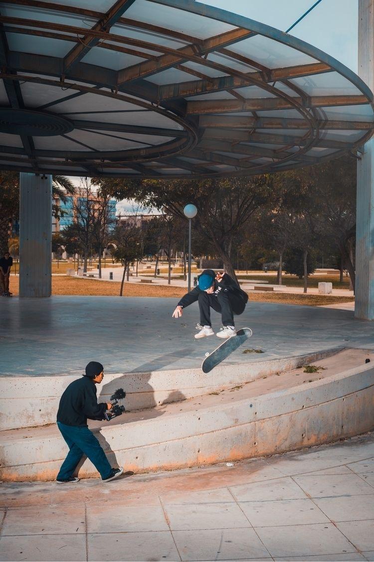 Gabriel Ribeiro Laser flips loc - gochiestrella | ello