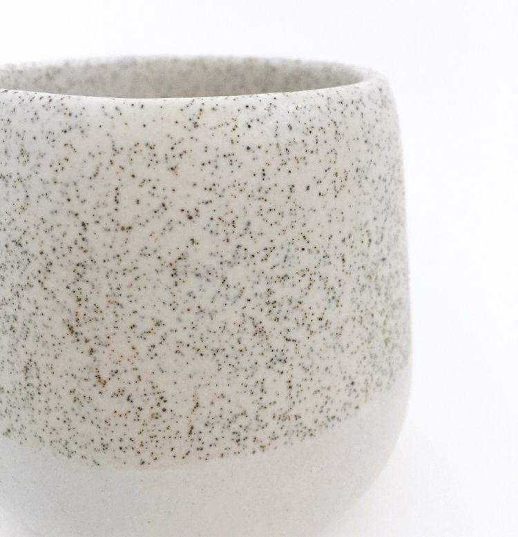 Glaze: White speckle matt white - gellyvieve | ello