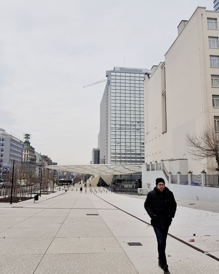 Freezing Brussels - walkingmanwalks - antoamendola | ello