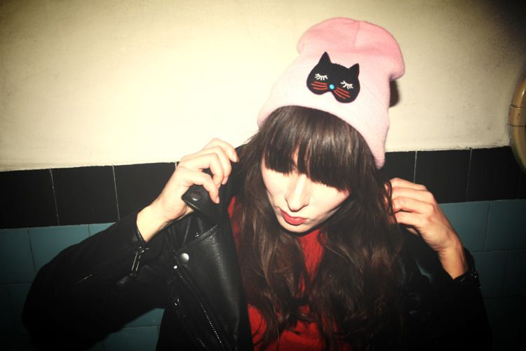 catwoman - pinkchubbybunny | ello