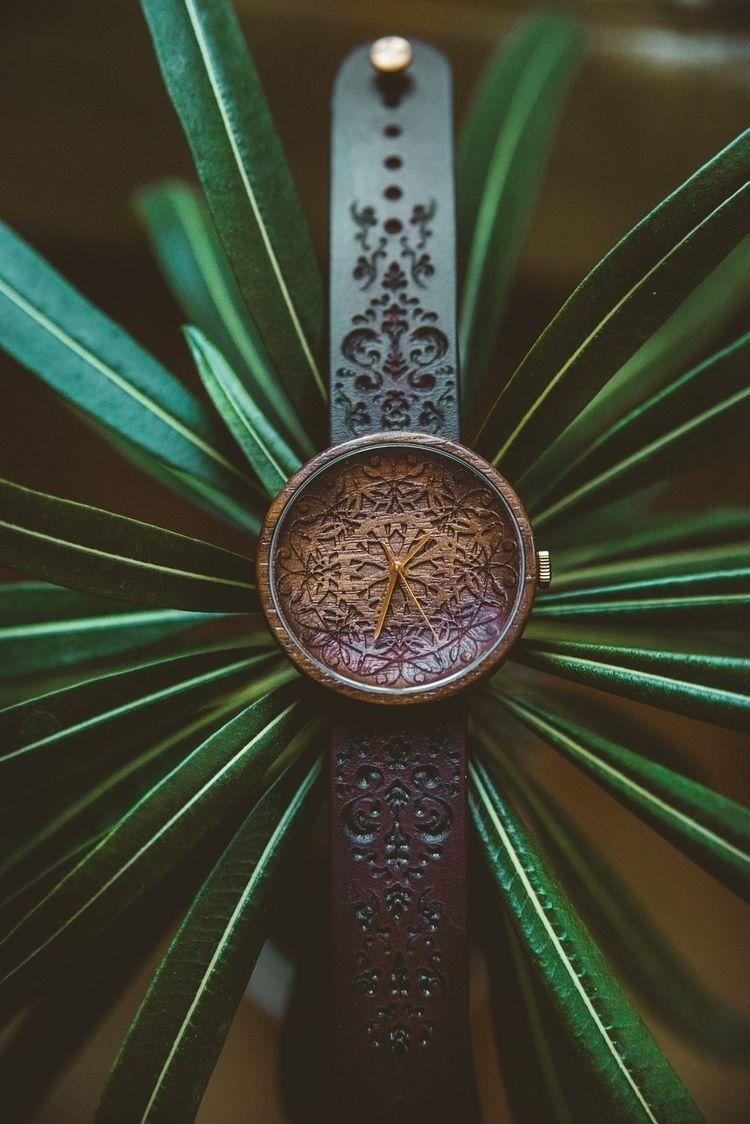 People love timepieces find fac - davispaipa   ello