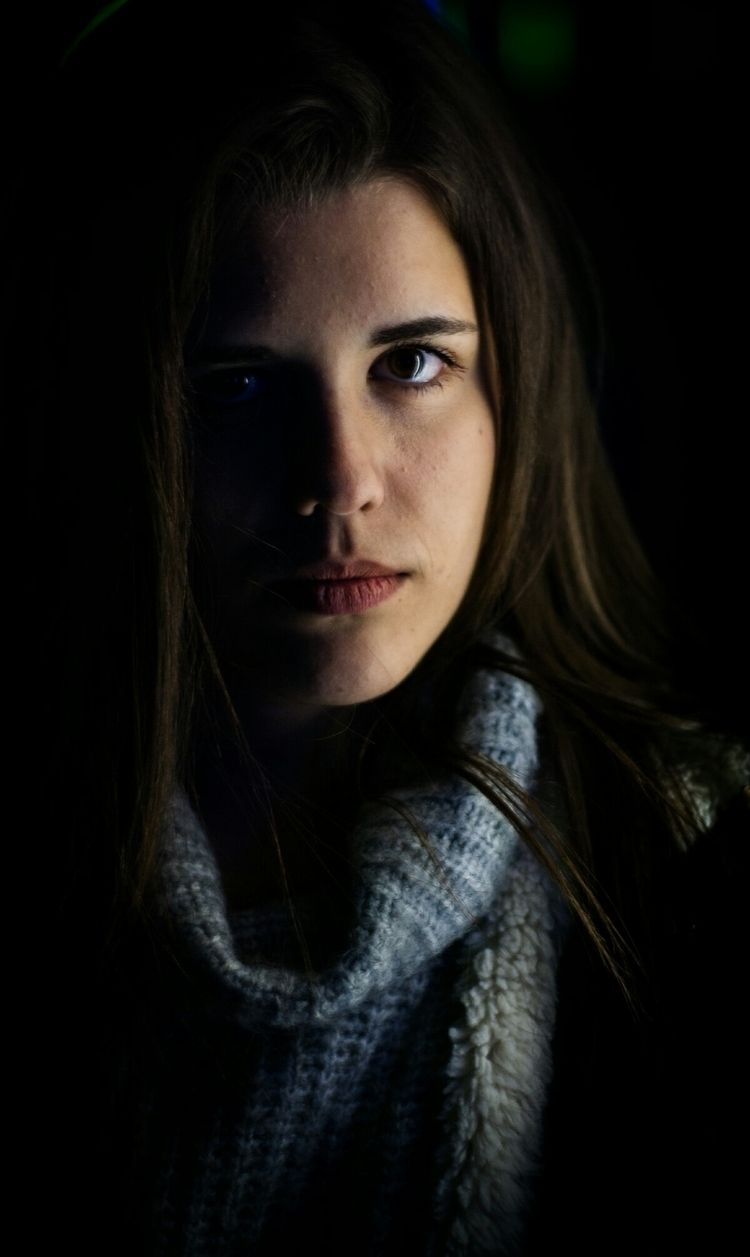 portretrait, canon, 50mm, foto - deltar91 | ello