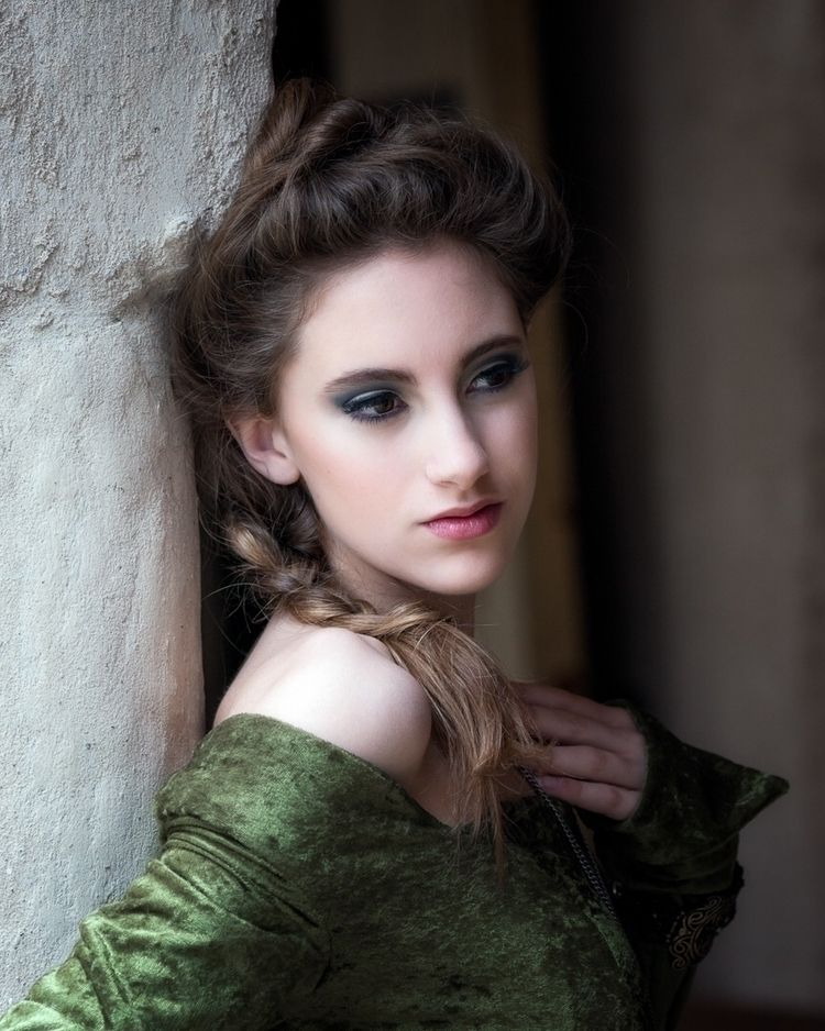Victorian beauty photo shoot Ho - dogstarpics | ello