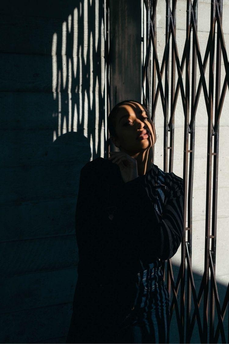 Aureo - Londonphotographer, makeportraitsnotwar - kidcircus | ello