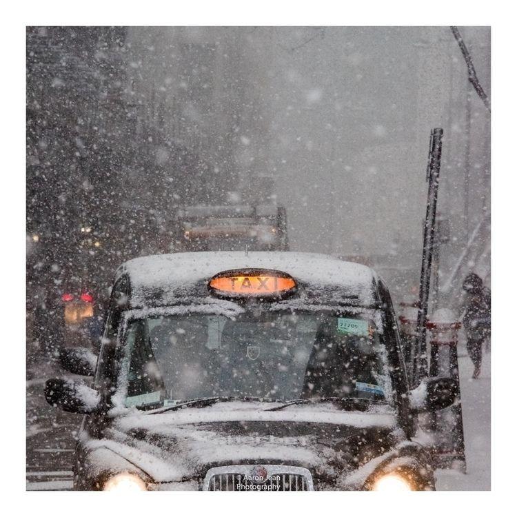 TAXI!! Series: London Snow - 3 - ajean122   ello