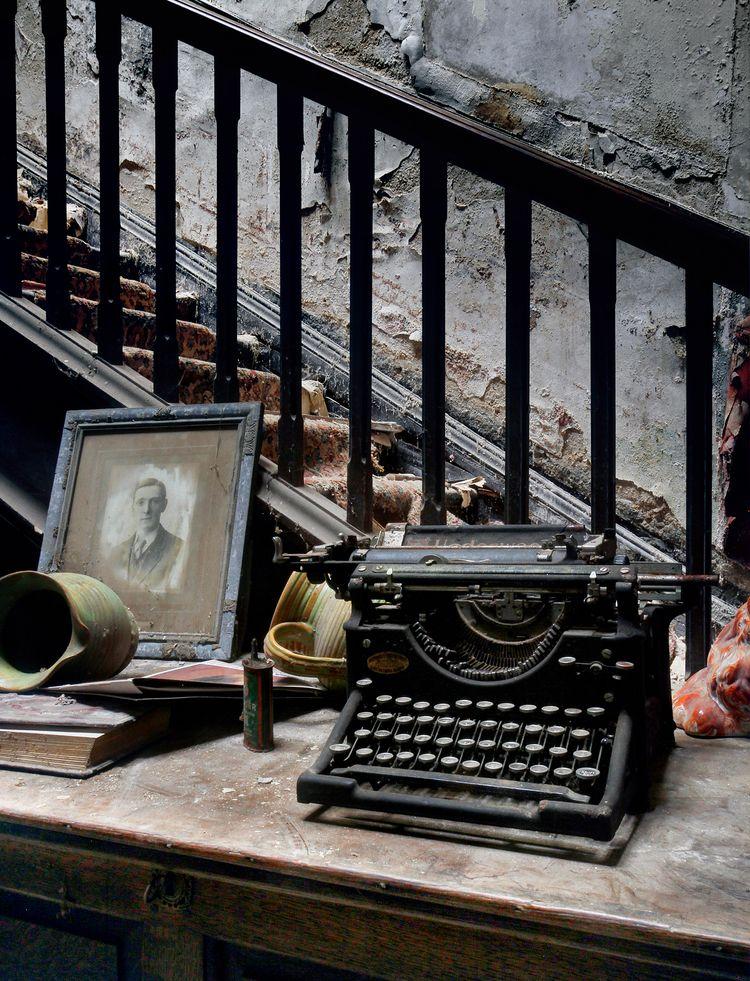 typewriter bits bobs foot stair - forgottenheritage | ello
