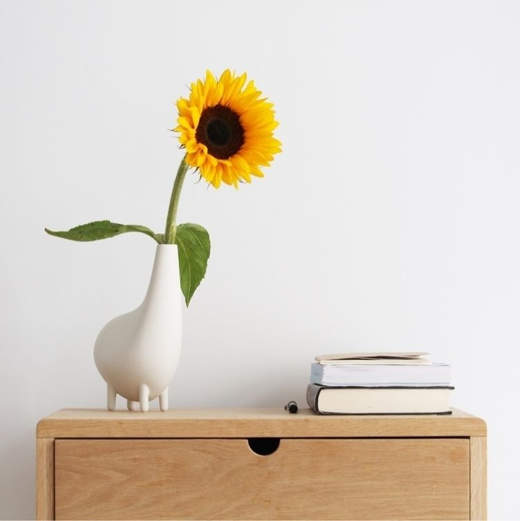 Fly high stop - Bo, Vase, Porcelain - baudesign | ello