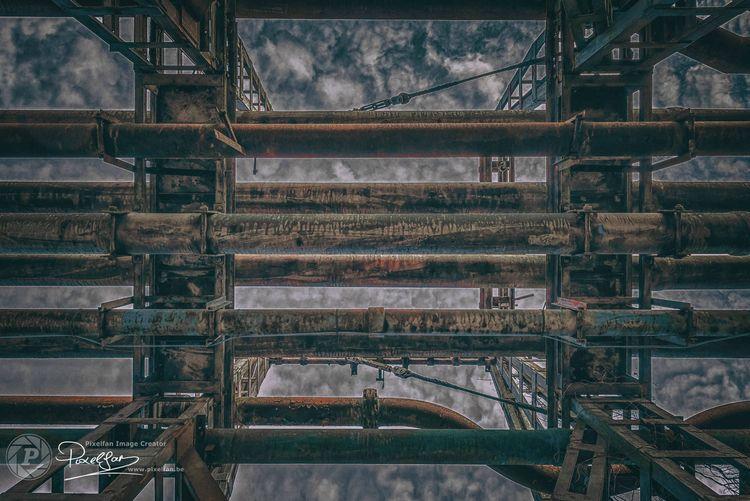 Industrial Decay IV - bisje | ello