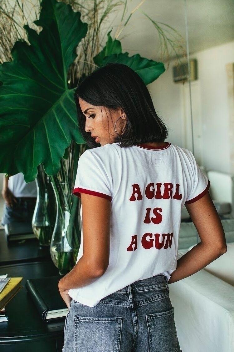 GIRL GUN - lunadoloress | ello