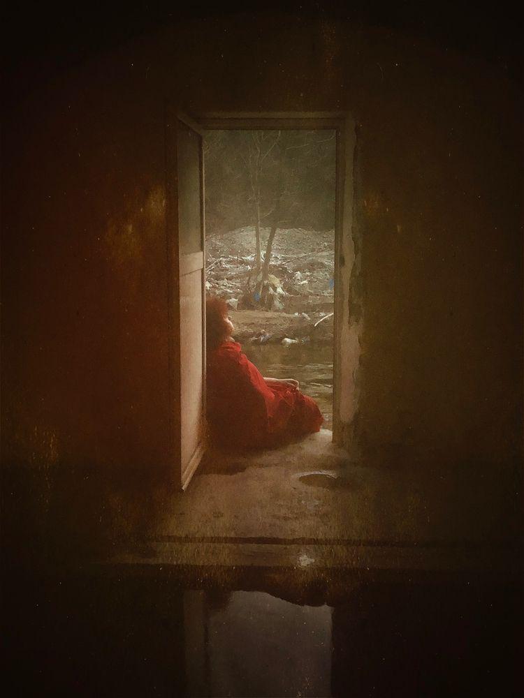 """Rubigo"" — Photographer: Stavro - darkbeautymag   ello"