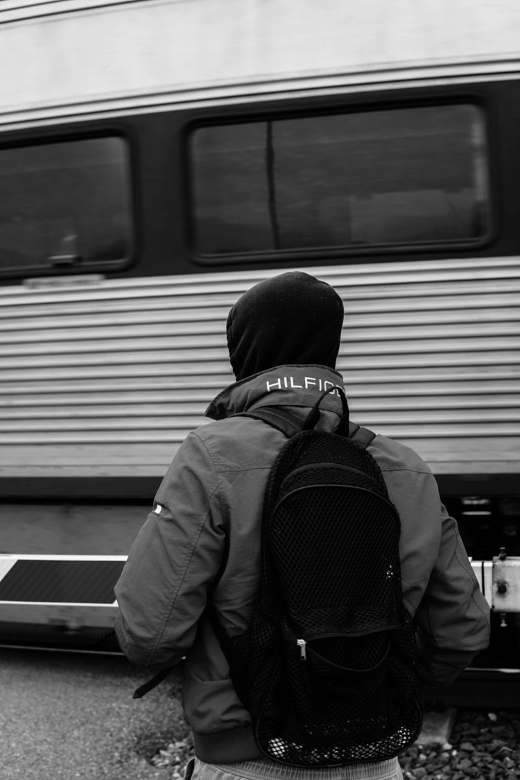 commuter:light_rail - Perspective - phobetor | ello