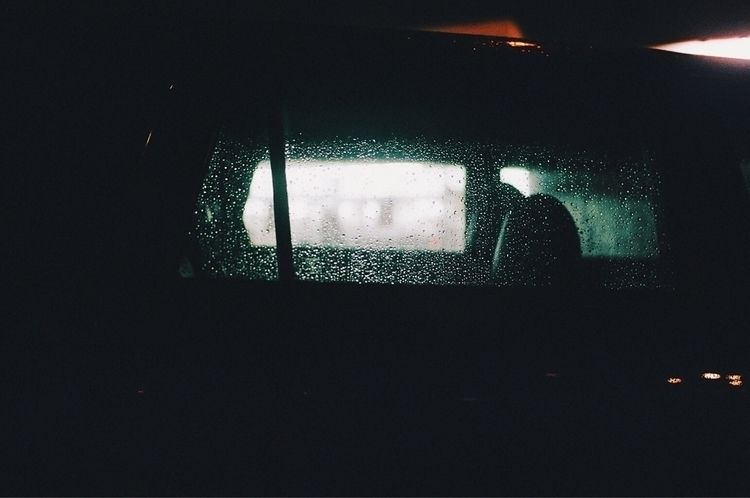 car window Submitted Fumogaller - ascherby | ello