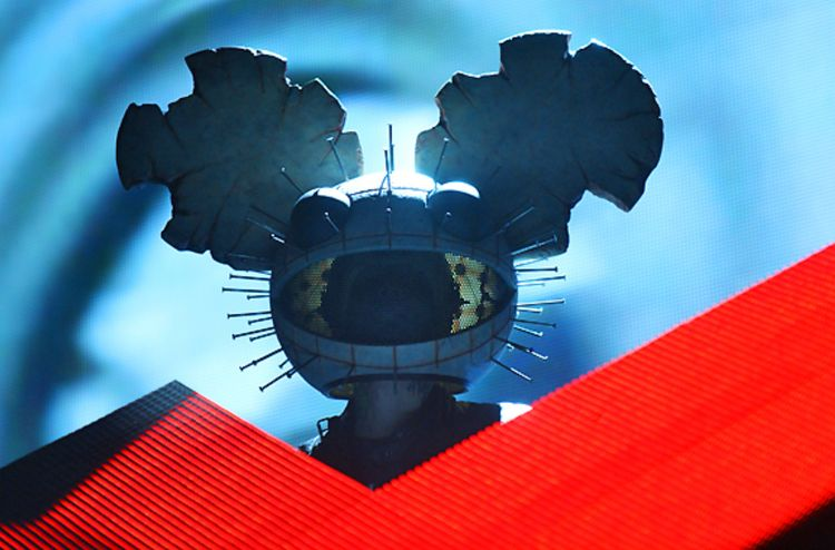 "deadmau5 Teams TIDAL drop?"" Per - mxdwn 