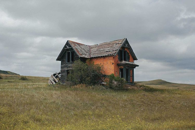 Place: Abandoned Places Word Br - photogrist | ello