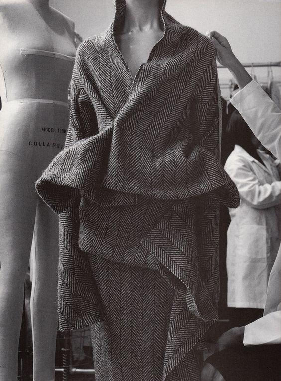 Yohji Yamamoto AW'97 IG - yohjiyamamoto - anaispaws | ello