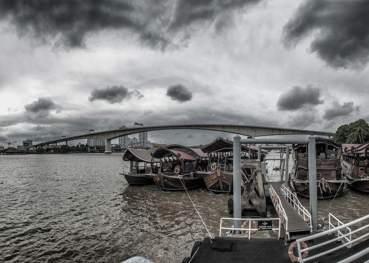 riverboats Rama III bridge - Bangkok - christofkessemeier   ello