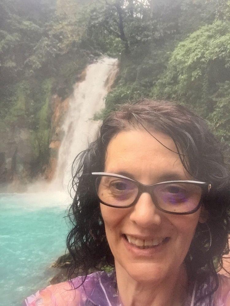 selfies hell Rio Celeste visiti - laurabalducci | ello