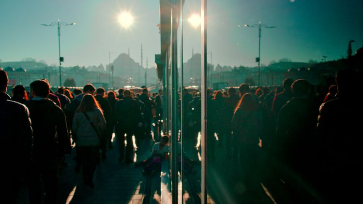 Sunny Sunday Chaos - istanbul, streetphotography - taylancidam | ello