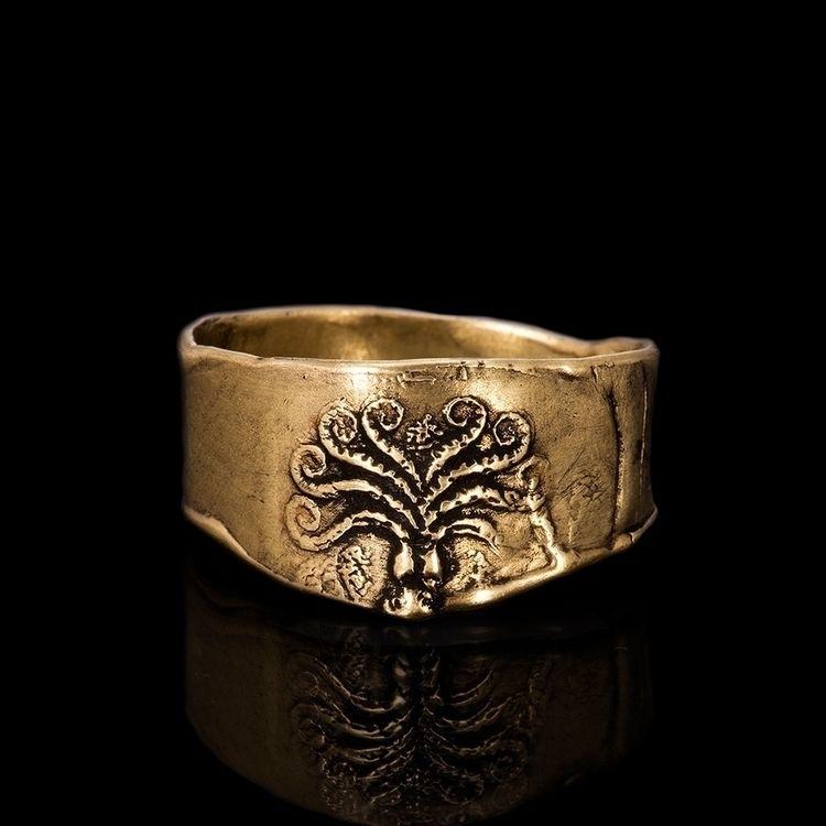 octopus, ring, goldring, jewelry - jacquelinesourvelis | ello