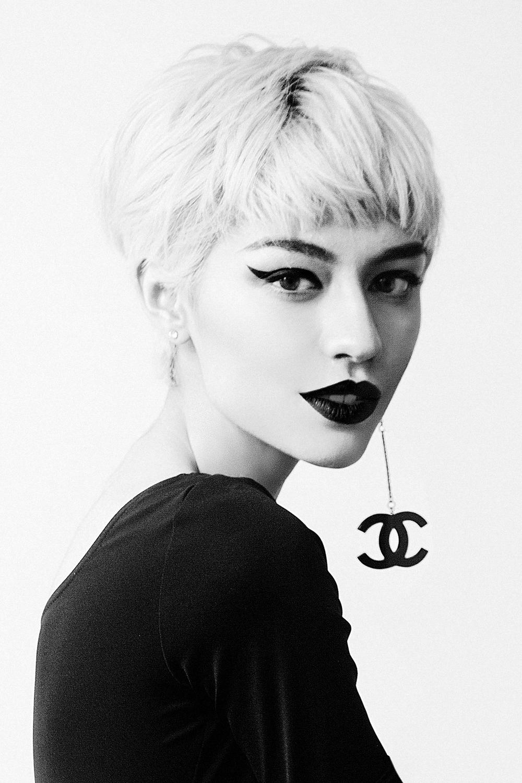 Chanel - roberutsu | ello