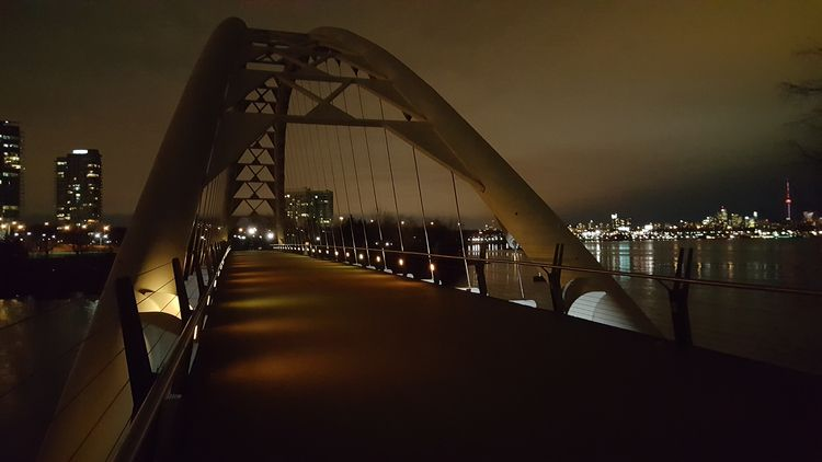 Humber Bay Arch Bridge, Toronto - koutayba   ello