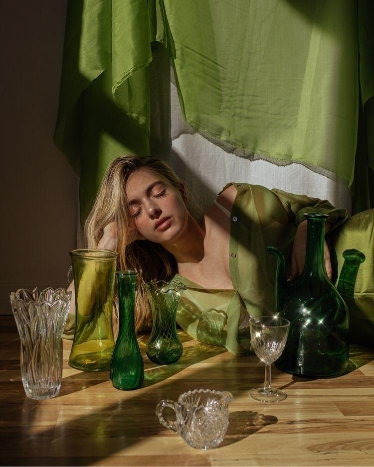 Title: Rich Emerald Photographe - genetjeanpierre | ello