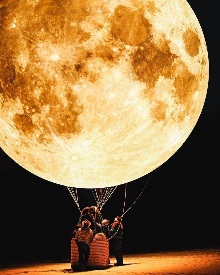 Moon Balloon // Website Instagr - jstnptrs | ello