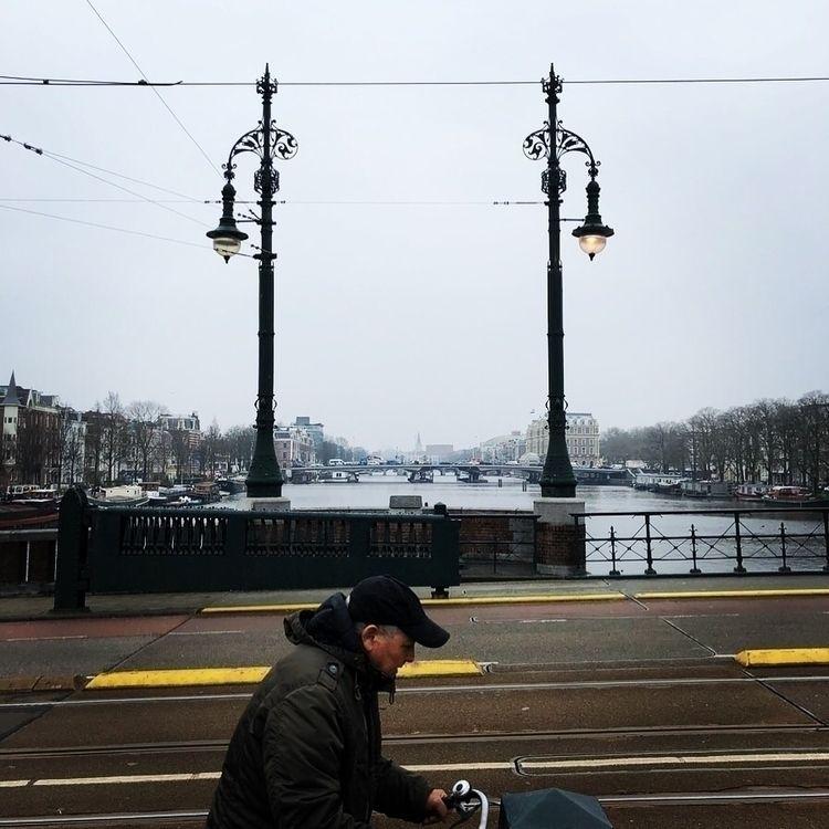 publictransports - neulock   ello