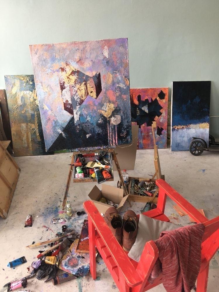 Spring Liability_2018 - golden, minimalism - yd_studio | ello