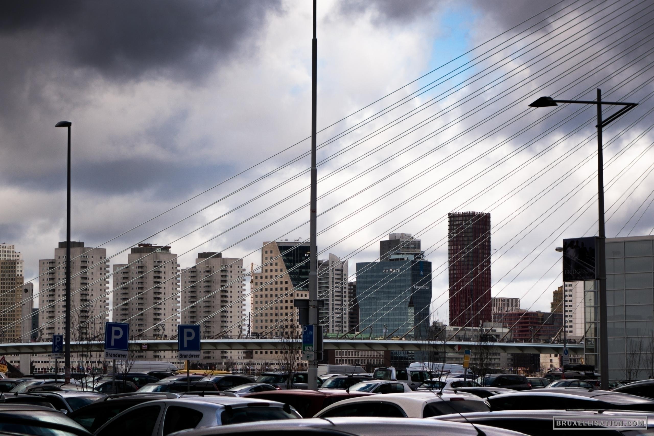 Netherlands, Rotterdam, Februar - bruxellisation | ello