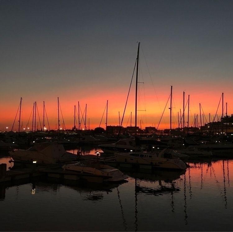 portugal, algarve, sunset, sunsetlight - joanacomeapapa | ello