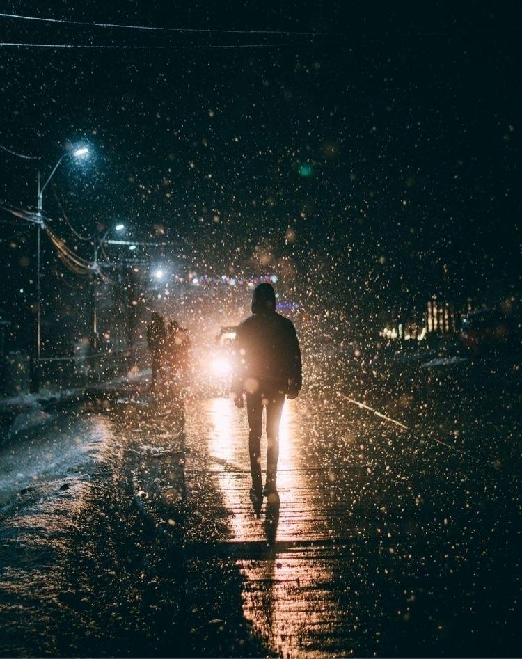 Walking light:snowflake:️ - night - oanceaalex | ello
