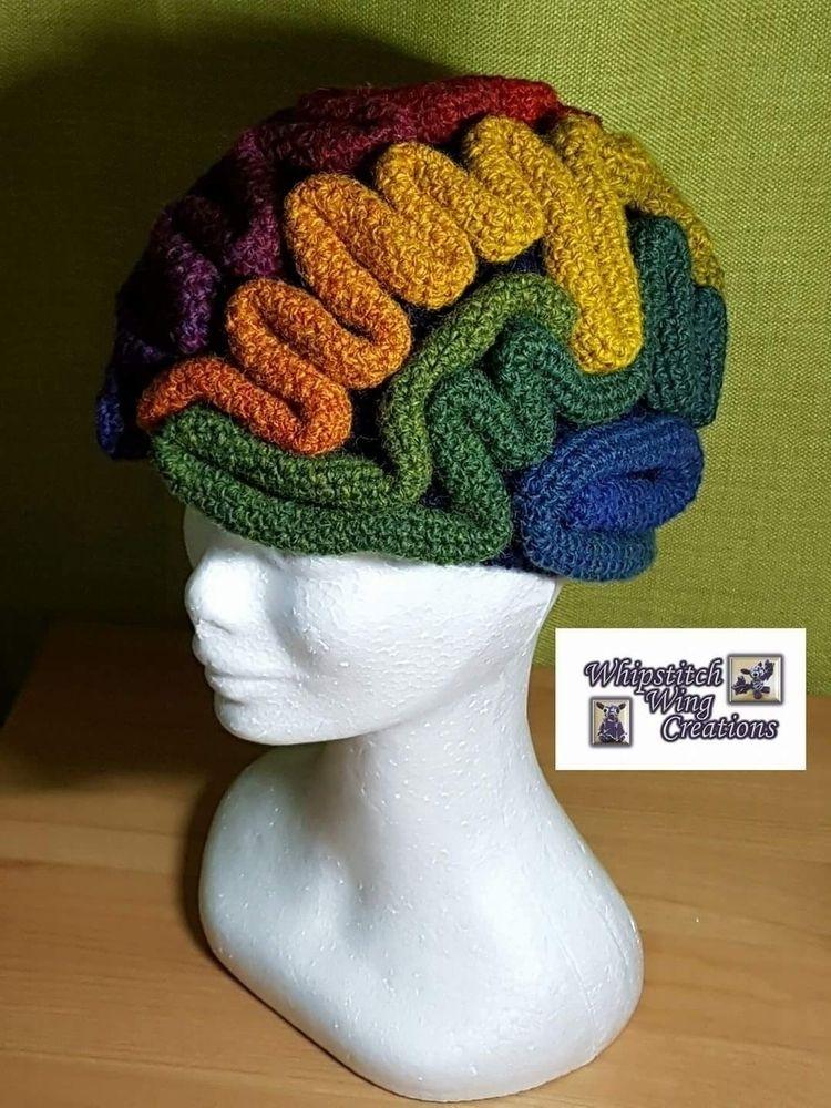 Carissa Macpherson, fibre artis - whipstitchwingcreations | ello