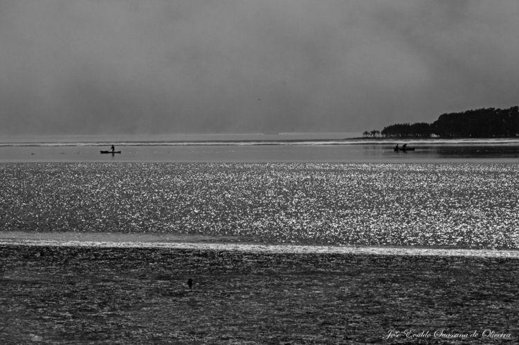 Pesca dos Caiçaras - mangrove, blackandwhitephotography - jsuassuna | ello