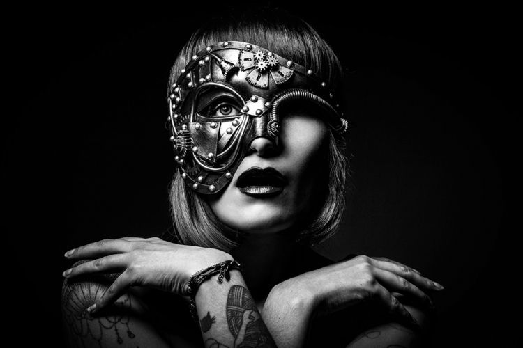 Photographer: Photography Model - darkbeautymag | ello