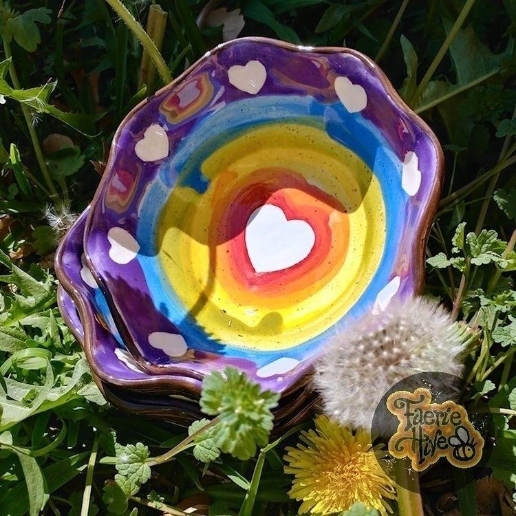 Rainbow Ruffle Bowls shop! tast - olisny | ello