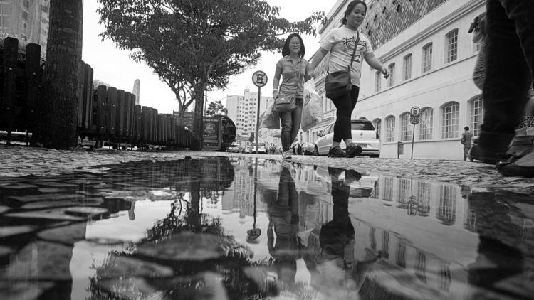 Walking - blackandwhitephotography - jsuassuna | ello