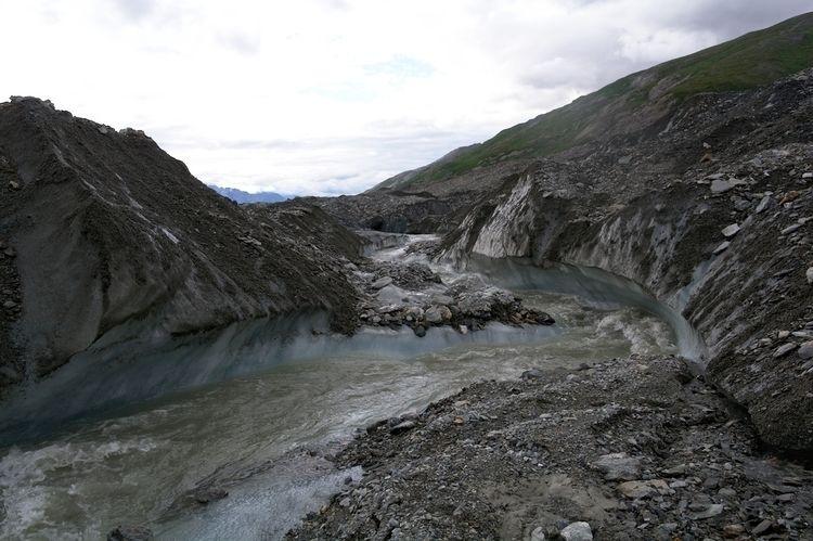 spent 3 months glaciers Alaska  - lwpetersen | ello