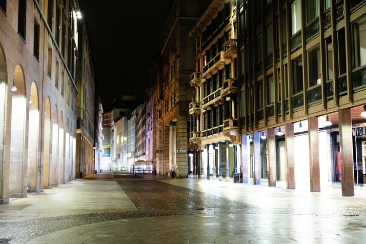 Corso Vittorio Emanuele II, bus - mclake | ello