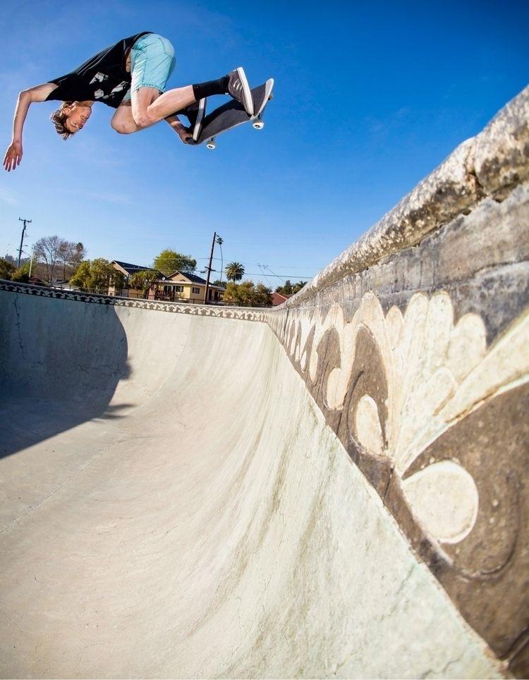 Tyler Quigley  - skateboarding, skate - photobiram | ello