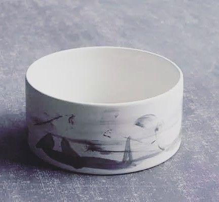 Large wheelthrown pot Black haz - creamthat | ello