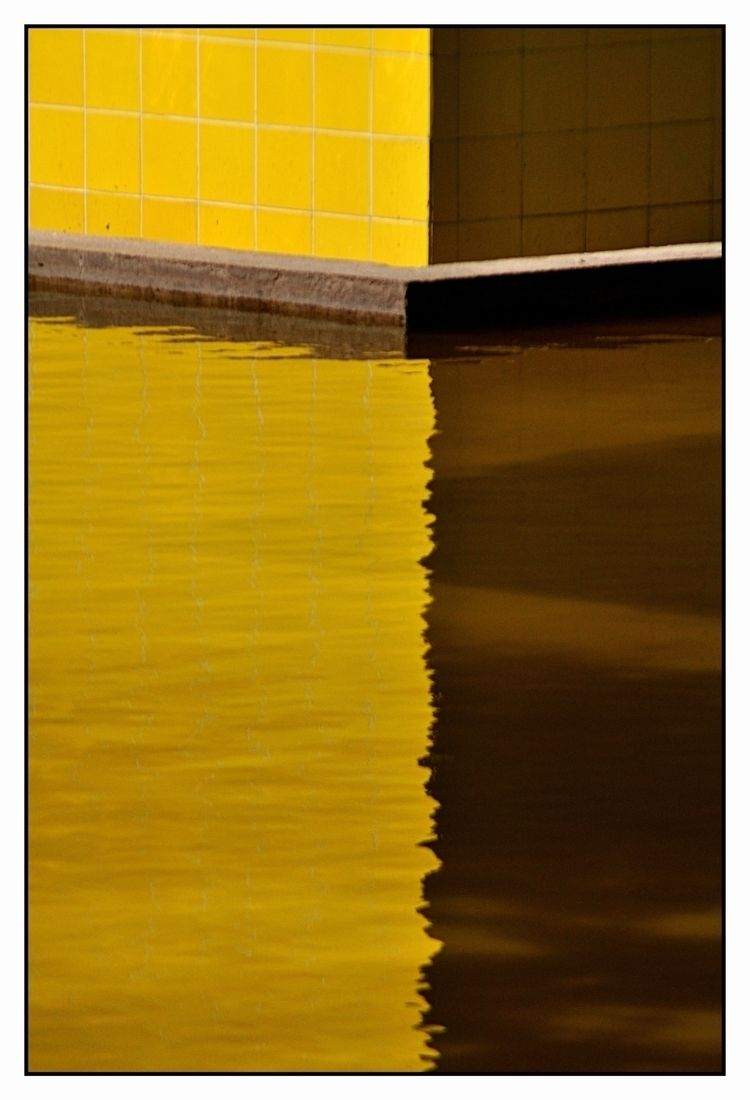 Yellow Line Foto feita espelho  - jsuassuna | ello