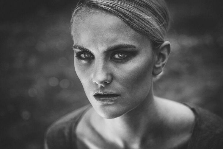 Lena - portrait, blackandwhite, portraits - lichtbildnerei | ello