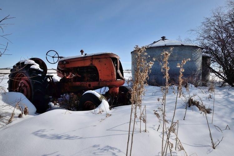 Retired Armena, Alberta Canada  - camwmclean | ello