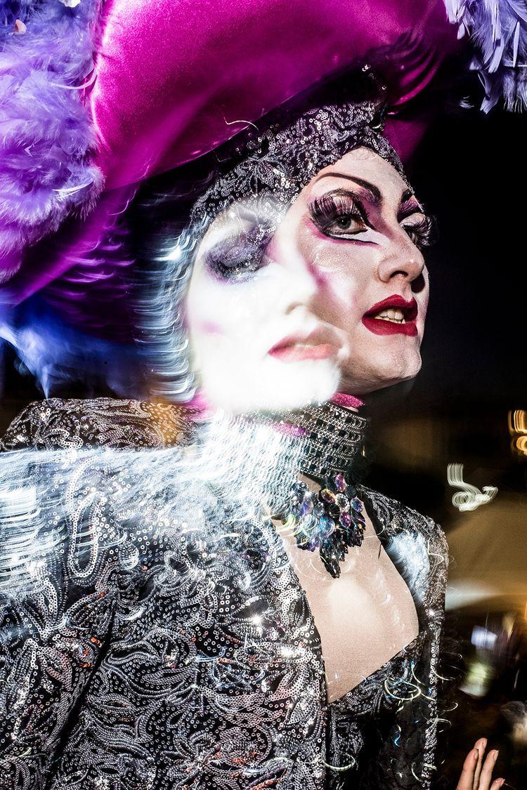 Viareggio 2018 - streetphotography - salvatorematarazzo | ello