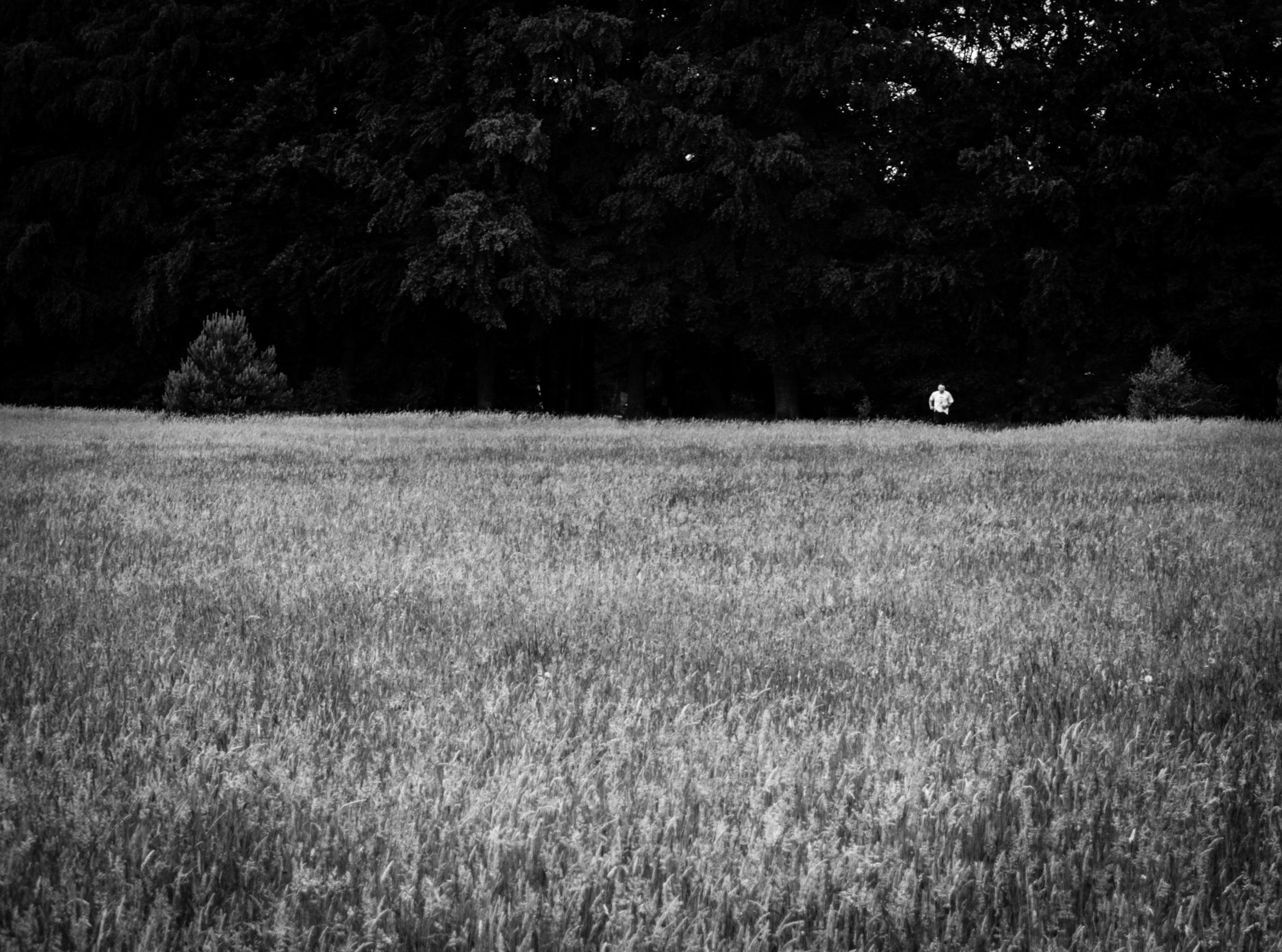 Running man - photography, blackandwhite - timondegraaff | ello