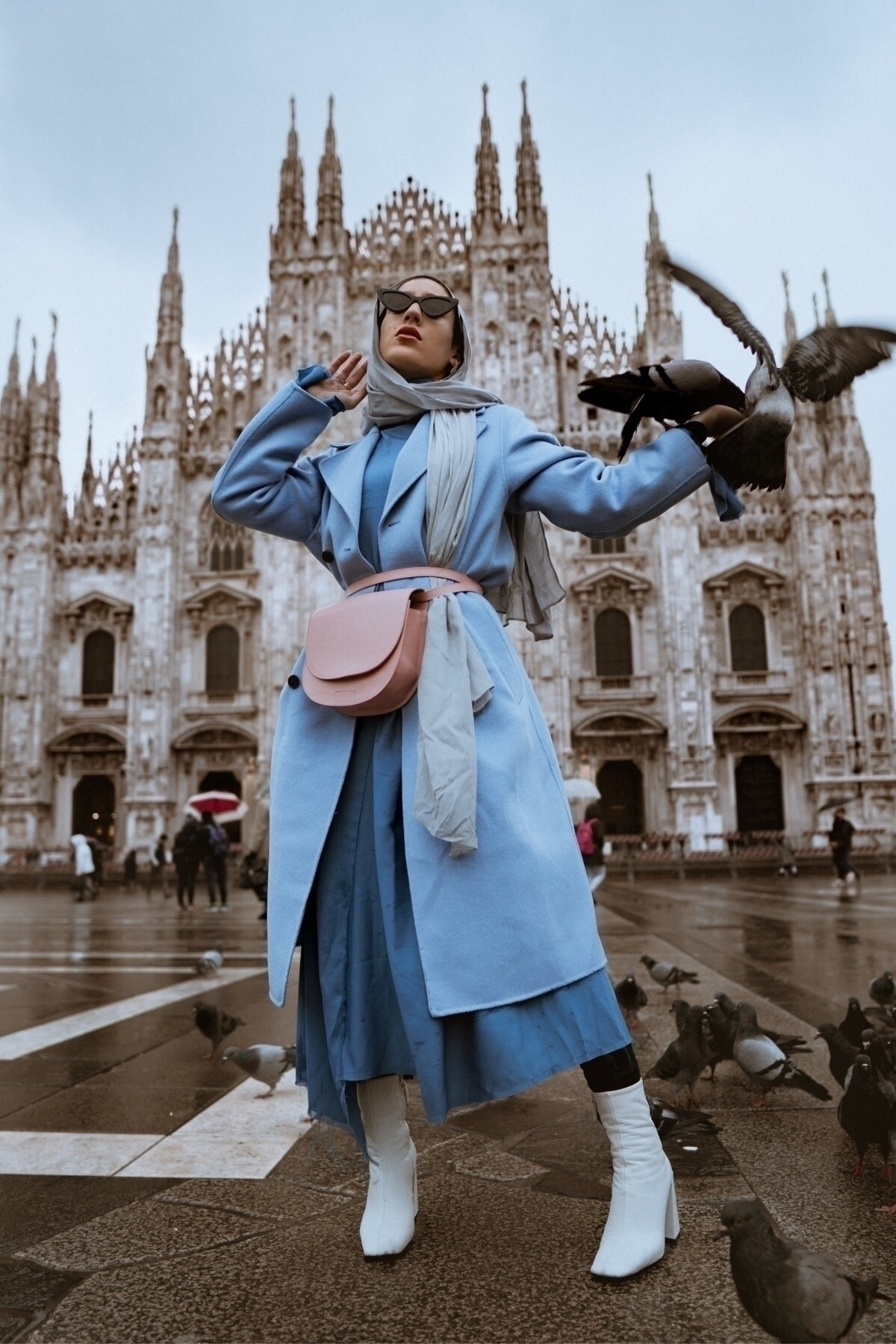 travel Milan helped experience  - alexiroseproductions | ello